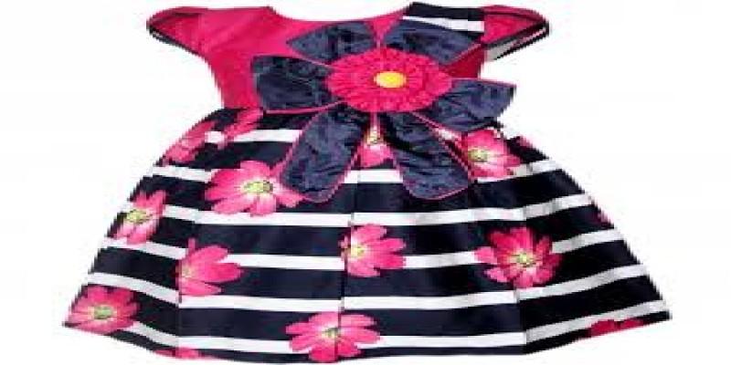 Pembuatan baju wanita
